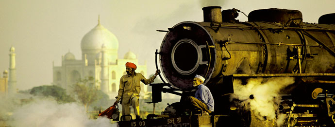 Same Day Trip to Agra to Visit Taj Mahal by Train